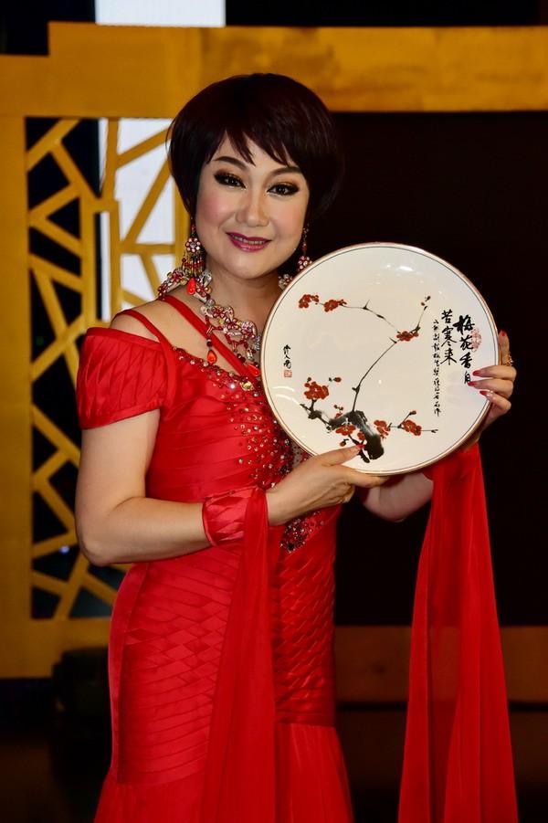 名称:清姐获中国戏剧梅花奖 级别:普通图片
